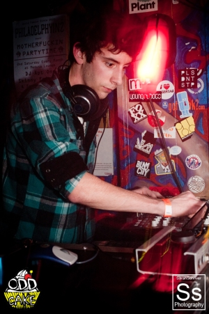 OddCake Presents - Digital Meltdown II, 11-18-2011 @ Medusa Lounge, Philadelphia, PA 0034