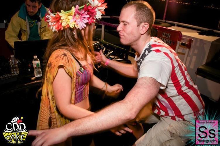 OddCake Presents - Voyage Into Dreamz A ThreeStory Boat Party FB Set 2