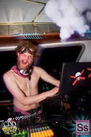 OddCake Presents - Voyage Into Dreamz A ThreeStory Boat Party FB Set 2_12