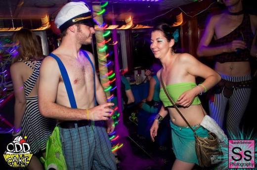 OddCake Presents - Voyage Into Dreamz A ThreeStory Boat Party FB Set 2_19